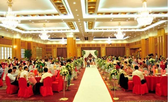 综合评分:★★★★ 点评:长沙金源大酒店是湖南省湘投控股集团