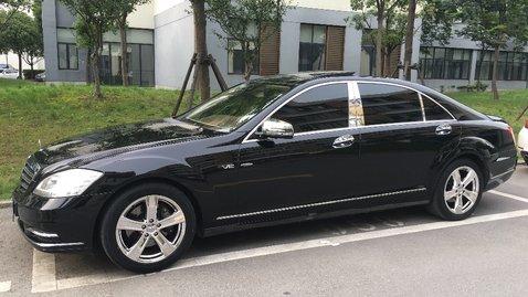 婚车套餐奔驰S级+特斯拉MODEL S