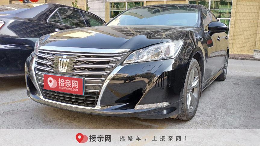 最新丰田皇冠婚车租赁价格出来啦!惠州的新人筹备婚礼