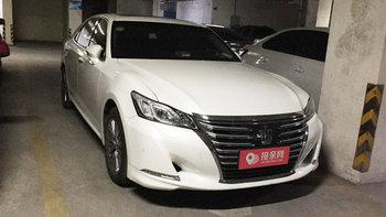 丰田皇冠婚车 (白色,可做头车)