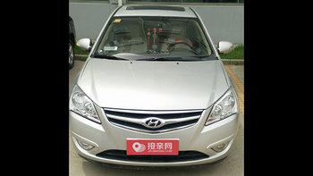 现代悦动婚车 (银色)