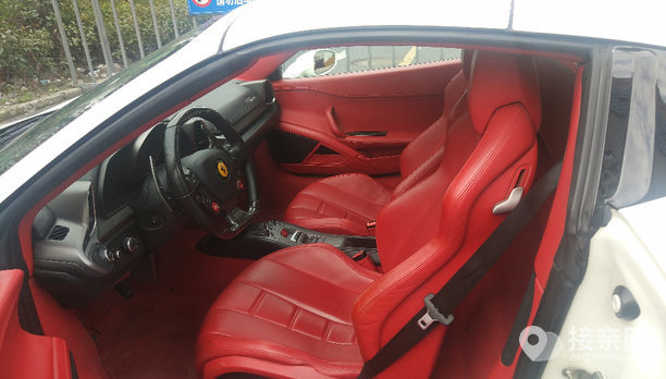 法拉利458婚车