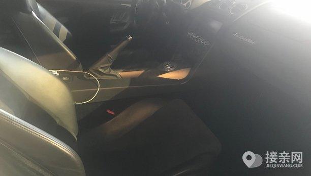 兰博基尼Aventador婚车