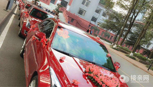 套餐奔驰E级敞篷+11辆凯迪拉克ATS-L婚车