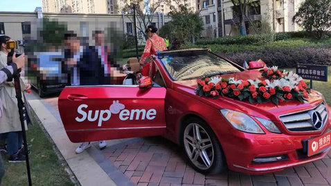 婚车套餐奔驰E级敞篷+凯迪拉克ATS-L