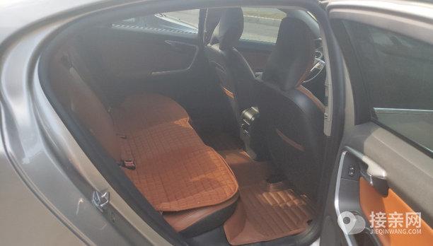 沃尔沃S60L婚车