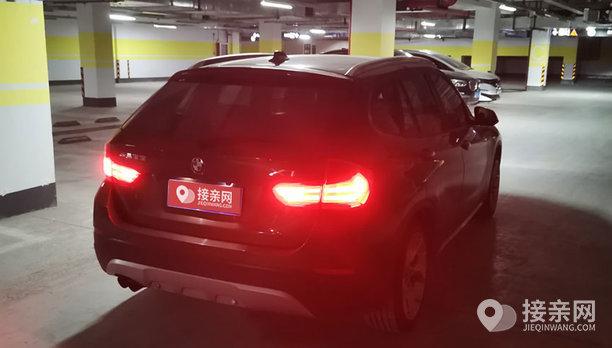 宝马X1婚车
