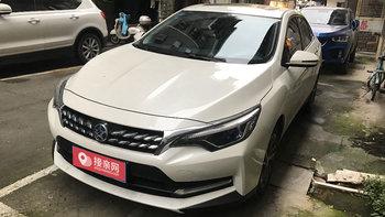启辰D60婚车 (白色)