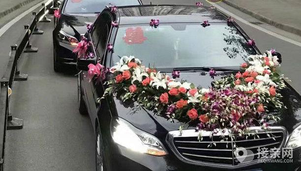 套餐奔驰E级+14辆大众帕萨特婚车