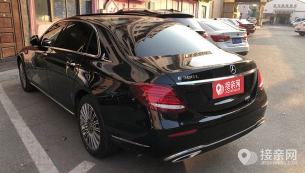 奔驰E级婚车