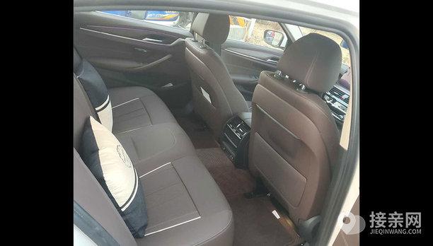 宝马5系新能源婚车